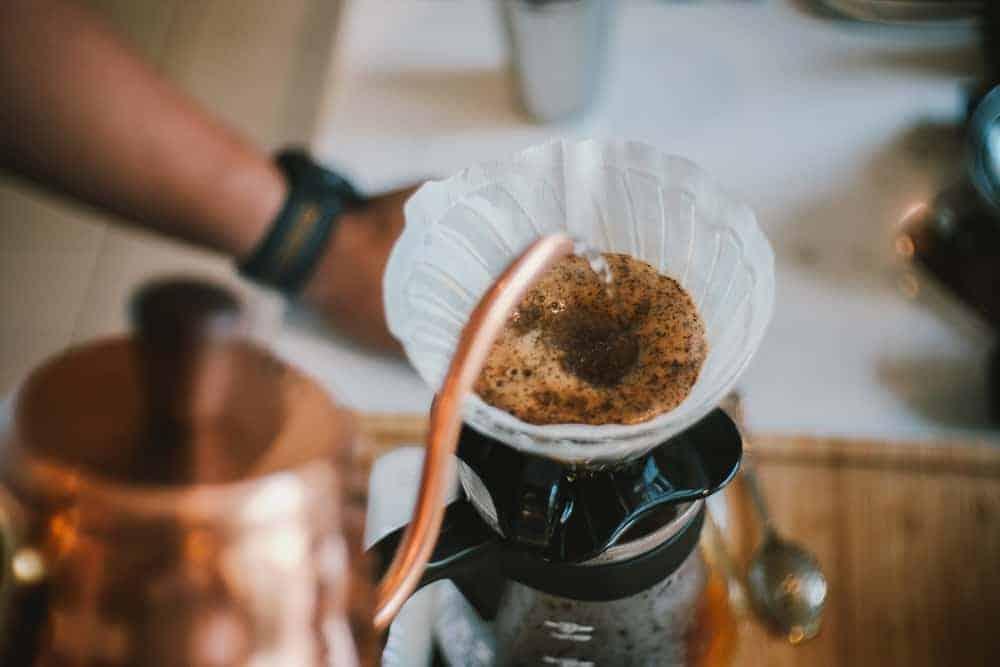 Verter café frente a goteo: todo lo que necesita saber