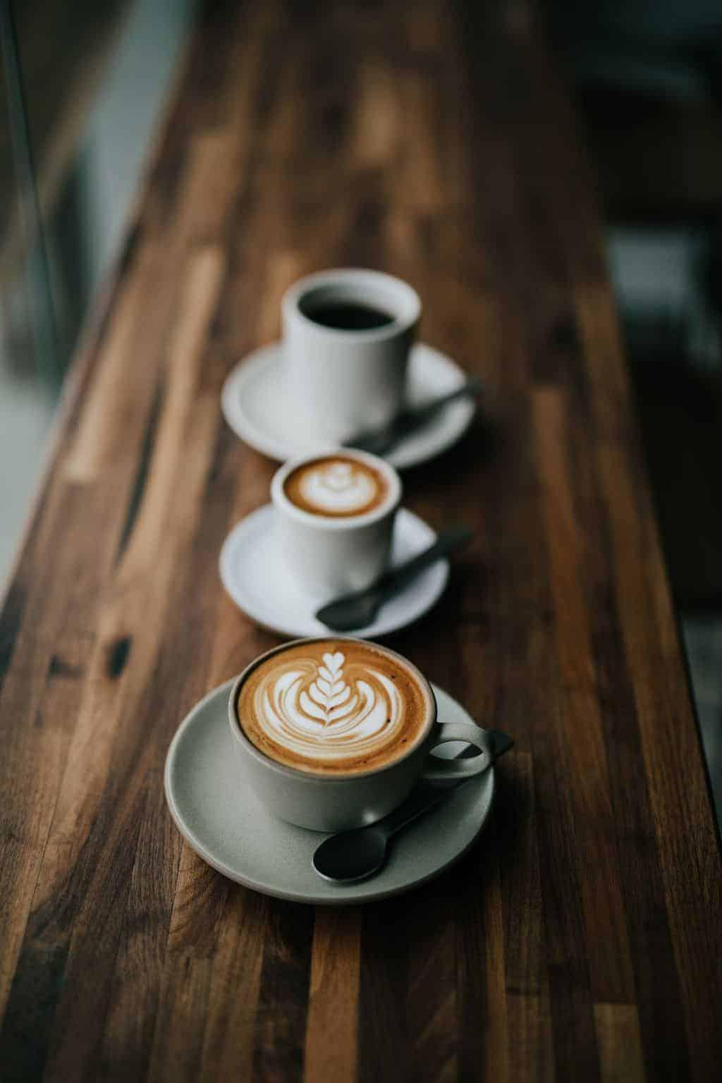 Macchiato vs Latte: examinando estas expresiones de espresso